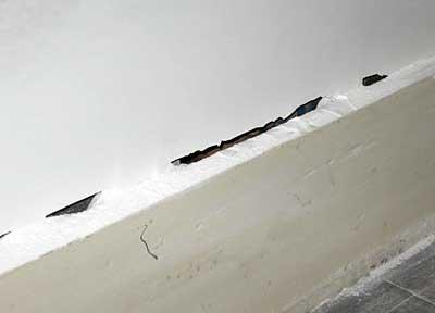 wall gap at baseboard